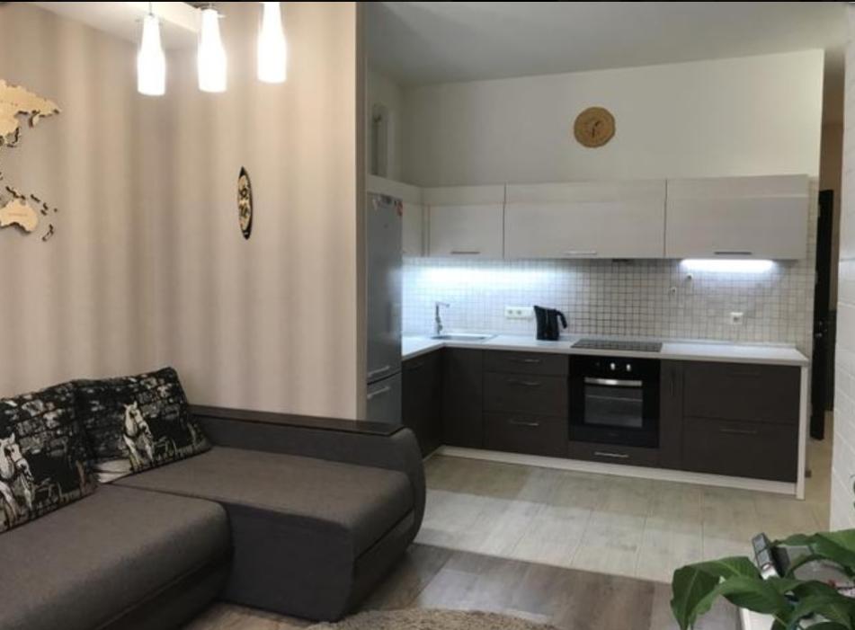 продажа однокомнатной квартиры номер A-152299 в Приморском районе, фото номер 4